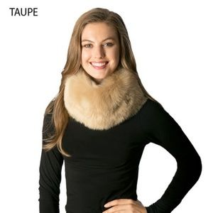 Accessories - ❄Faux Fur Infinity Scarf - TAUPE